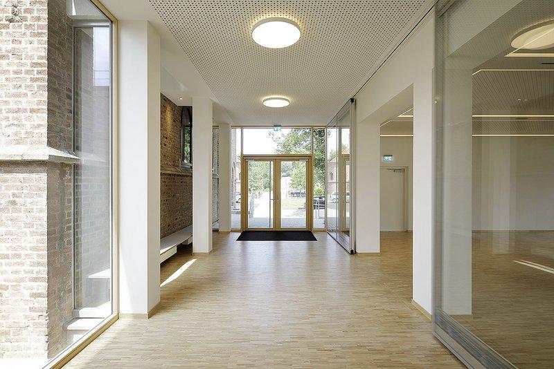 Projekt: Gemeindezentrum Augustin-Bea-Haus Architekt: Architekt Eberhard Wurst Ort: D-Reutlingen Datum: 2017/07