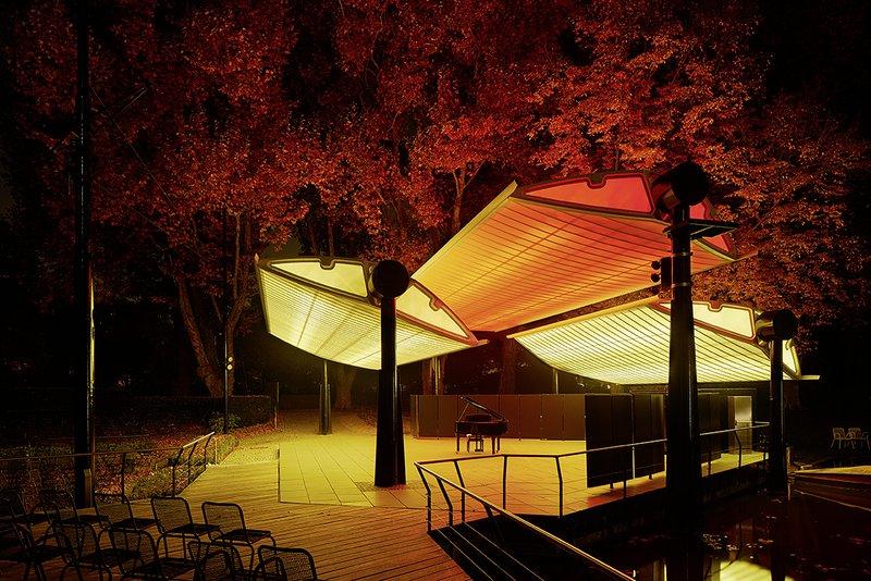 sanierung seebühne im stadtgarten karlsruhe  planung: thomas fabrinsky architekt bda hirschstraße 89 76137 karslruhe www.fabrinsky.com  bauherr: amt für hochbau und gebäudewirtschaft zähringerstraße 61 76133  karlsruhe