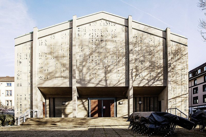 EinTanzHaus 2017   Bauprozess   Foto: Lys Y. Seng