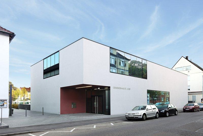 Projekt: Gemeindezentrum St. Josef, Stuttgart Architekt: Harris & Kurrle, Stuttgart