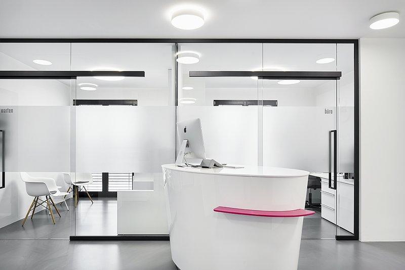 neubau praxis becker dental hockenheim  planung: thomas fabrinsky dipl.-ing. Architekt bda hirschstraße 89 76137 karlsruhe www.fabrinsky.com